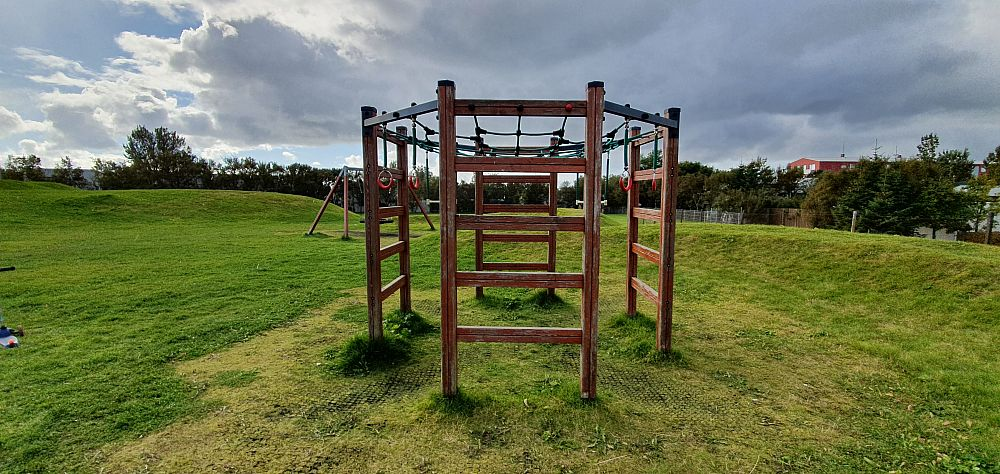 Hjólabraut - Playground with bike track in Vesturbær (FREE and cheap activities for kids in Rejkjavík)